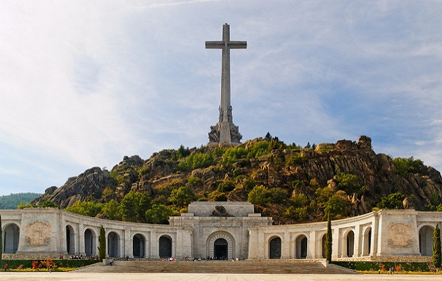 The Valley of the Fallen, near Madrid, where the remains of dictator Francisco Franco are. / Emilio García (Flickr, CC),