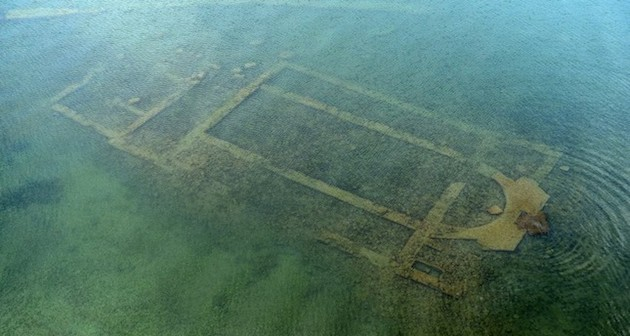 The basilica under the water is 1,700 years old. / Photo: Daily Sabah,