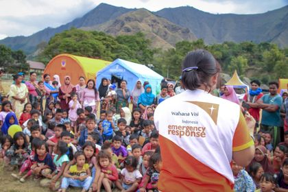 Vision International has coordinated relief workers in Indonesia. / World Vision.