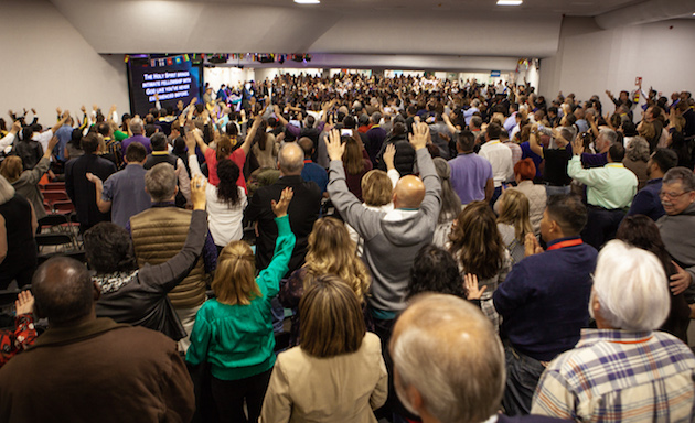 Times of worship during the WAGF Missions Congress. / Juan José Marcos Ramos, FADE,