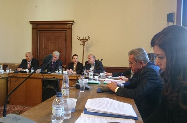 The Bulgarian Evangelical Alliance and other fiath groups, in a public discussion of the new law. / Greta Ganeva, BEA
