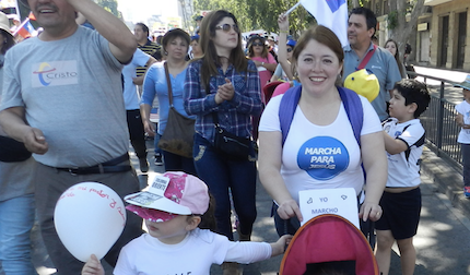 Many parents and children attended the march. / March For Jesus Chile, Twitter