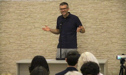 Joel Forster, director of Evangelical Focus, shared about the vision for Europe. / Jonatán Soriano