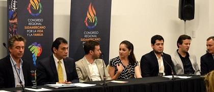 A panel of speakers during the congress in Uruguay. / Congreso Iberoamericano por la Vida y la Familia