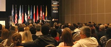 Plenary session at the congress. / Congreso Iberoamericano por la Vida y la Familia