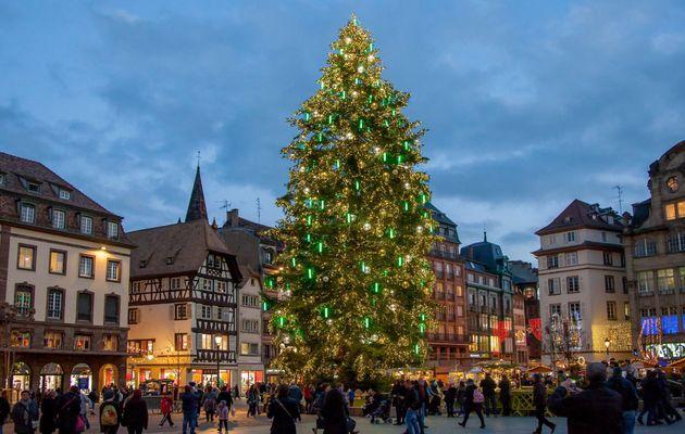 Strasbourg Christmas market, archive image. / Strasbourg Tourisme (CC).,