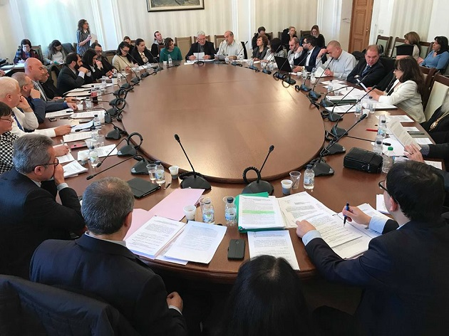 The Wednesday 19 December meeting of the Committee of Religion and Human Rights of the Parliament of Bulgaria conceded to drop most of the restrictive provisions after international pressure. / Vlady Raichinov