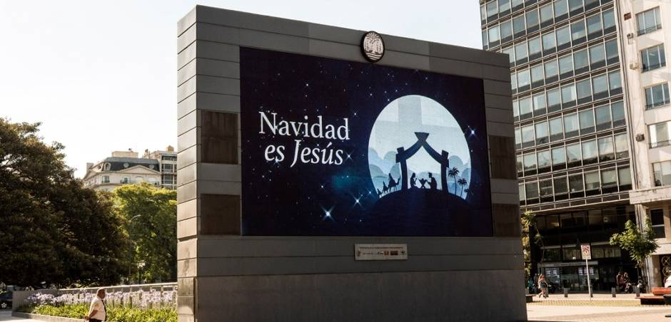 One of the posters of the Christmas is Jesus campaign, in Buenos Aires, December 2018. / Evangélico Digital, YWAM,