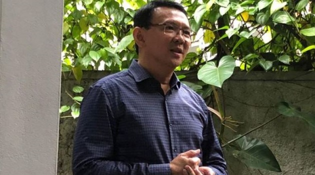 The first photo taken of former Jakarta Governor Basuki Tjahaja Purnama following his release from prison on Jan 24, 2019. /  Tim BTP via Coconuts Jakarta,