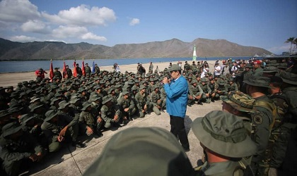 Nicolás Maduro asked the military to express his loyalty to the regime. / Twitter Nicolás Maduro