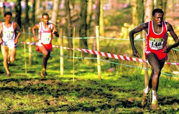 John Ngungi leads during the men's race at the IAAF World Cross Country Championships in Stavanger, Norway. / Gray Mortimore. IAAF (CCO),