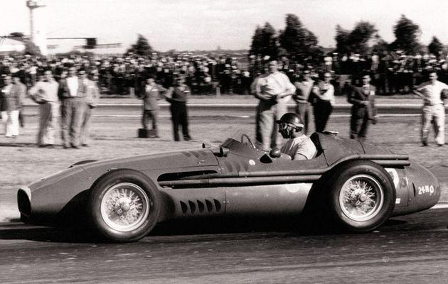 Juan Manuel Fangio in 1950. / Wikipedia.,