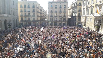 Students in a demonstration in Barcelona. / Twitter @GretaThunberg
