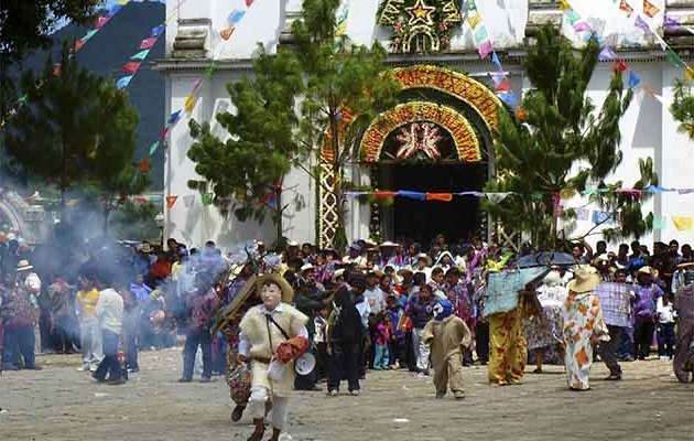 Tradiational Catholic festivals in Chiapas are used to persecute the evangelical Christian faith minority. / ED,