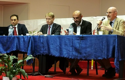 Roundtable on the family with Giacomo Ciccone, Sennators Malan and Pillon, and Leonardo De Chirico. / AEI