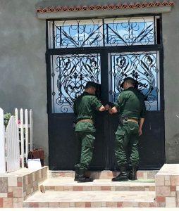 Gendarmes seal shut doors of the church. / Morning Star News.