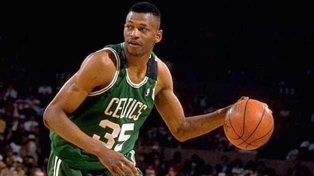 Regie Lewis  was the Boston Celtics key player in the 90's. / Wikimedia Commons.,