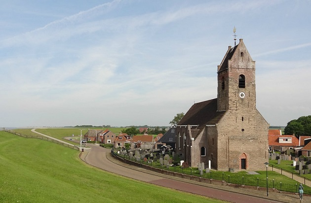 A church building in the Netherlands. / Deltiijdegod, CC,
