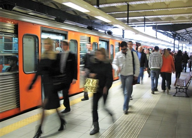 The metro in Athens, Greece. / C. Gilhooly, FLickr, CC by 2.0,