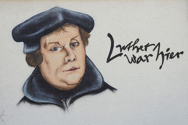 Graffiti in German: Luther was here. / Photo: Pixabay CC0,