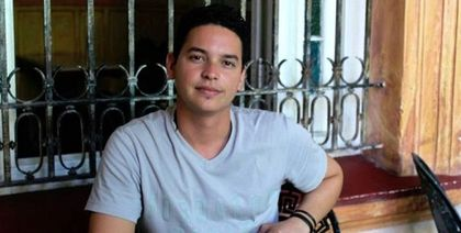The Cuban journalist Yoé Suárez was arrested by the government.