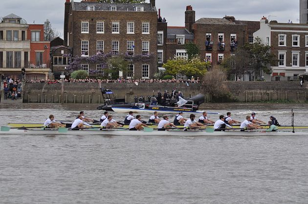 The world-famous Oxford and Cambridge boat race doesn't have a prize. / Wikimedia Commons.,