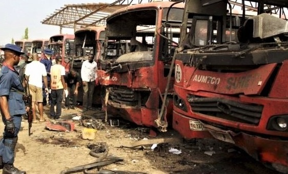 Bomb attack by Boko Haram in Abuja on April 14, 2014. / Wikipedia, VOA,