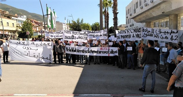 Algerian Protestant Christians demonstrate for freedom of religion, October 2019. / EF,