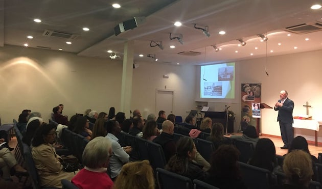Antonio Simoni during his talk. / Seneca Falls platform,