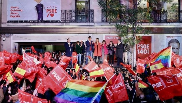 Socialists of Pedro Sánchez celebrated the victory, despite losing support. / Twitter @sanchezcastejon,