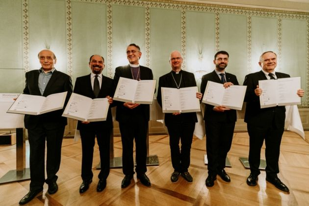 The members of the Council launched a joint document for the protection of refugees. / SEK.,