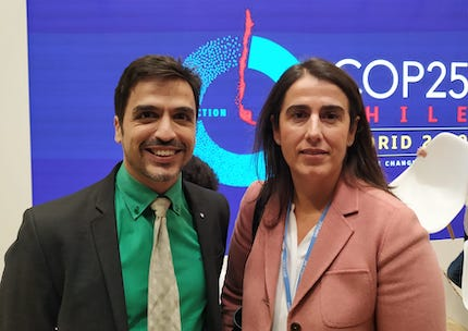Emilio Carmona, member of the AEE,  with Carmen Castiella, director of Cooperation with Latin America and the Caribbean of the Spanish Agency for International Development Cooperation./ E. Carmona.
