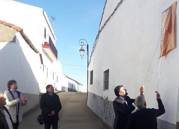 A street in Montemolín eas the name of Casiodoro de Reina. / Emilio Monjo,