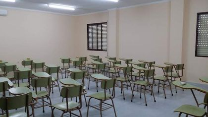 The library has an attached classroom, which is called Lina Simpson. / Samuel Crespo.