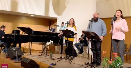 Live streaming of a church service with no attendants, on 15 March, in Terrassa, Spain. / Facebook Unida de Terrasa