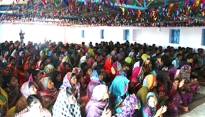 A Christian gathering in a region of India. / Evangelical Focus, sources