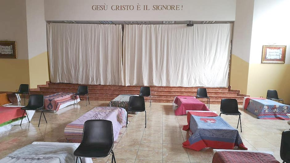 The main premises of the church became a big bedroom./ Beth Campo.,