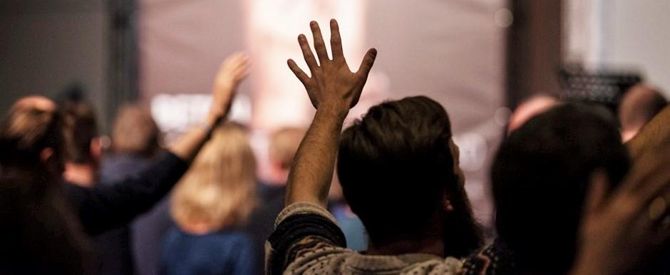 "A worship service of a free evangelical church in Germany. / <a target=""_blank"" href=""https://feg.de/"">FeG Deutschland</a>,"