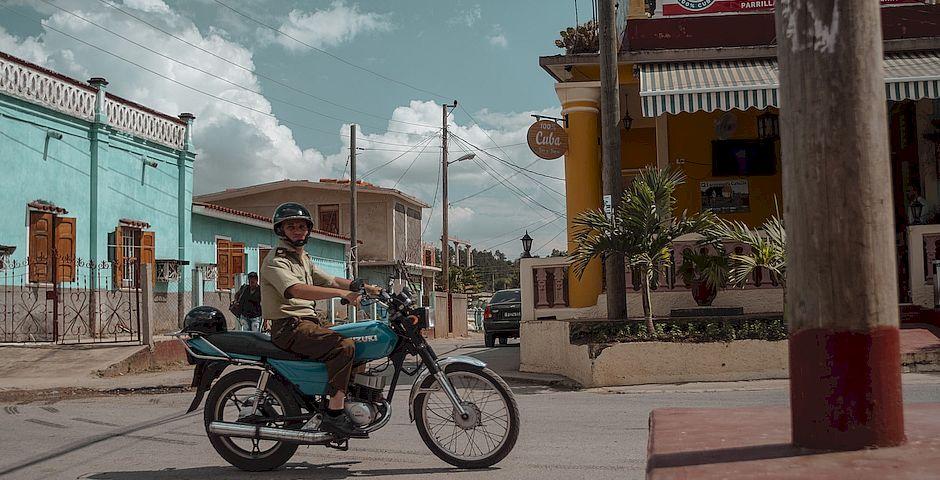 "Police patrolling in the Cuban city of Viñales. /  <a target=""_blank"" href=""https://unsplash.com/@aples"">Alex Plesovskich</a>, Unsplash CC0.,"