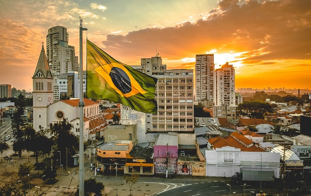"""Brazil, Covid-19, and Bolsonaro: """"Evangelicals have never been as divided as they are now"""""""
