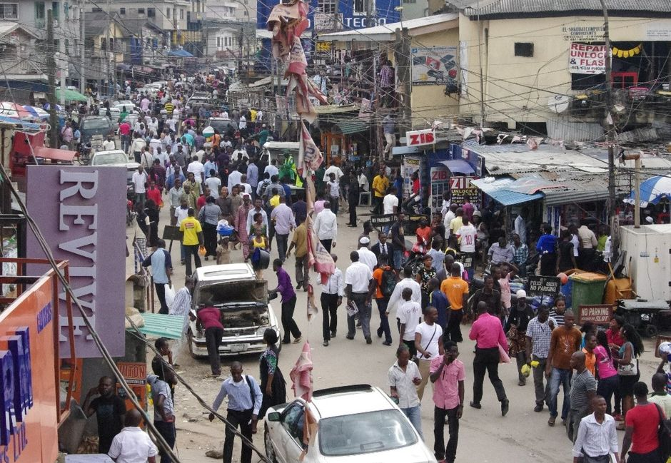 """A market in Laos,Nigeria, the only country among the world's 10 most populated nations to see its working-age population grows over the course of the century, study says. / <a target=""""_blank"""" href=""""http://venturesafrica.com/"""">Ventures Africa</a>,"""