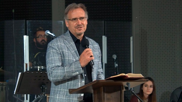 Pastor Theodor Oprenov led the Bible devotional during the 2020 National Prayer Day in Bulgaria.