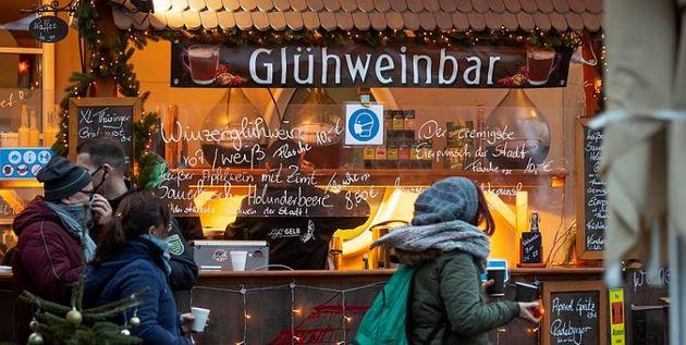 Europe under restrictive coronavirus measures for Christmas