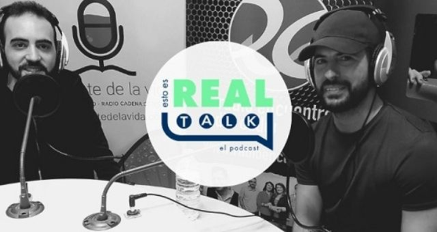 """Première episode of the podcast! We invited Juan Mejías – pastor of the Hillsong church in Spain, to speak about the importance of spirituality. / <a target=""""_blank"""" href=""""https://www.facebook.com/EstoEsRealTalk"""">Esto es Real Talk</a>, Facebook page.,"""